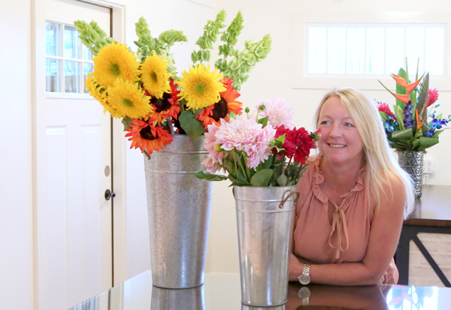erin owner of Simply Flowers